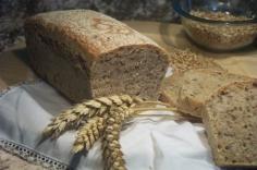 Chléb svělý s ajčaty 400g