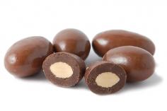 Mandle v mléčné čokoládě 50g bez obalu