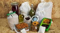 Bezobalové potraviny k sypání do vlastních nádob